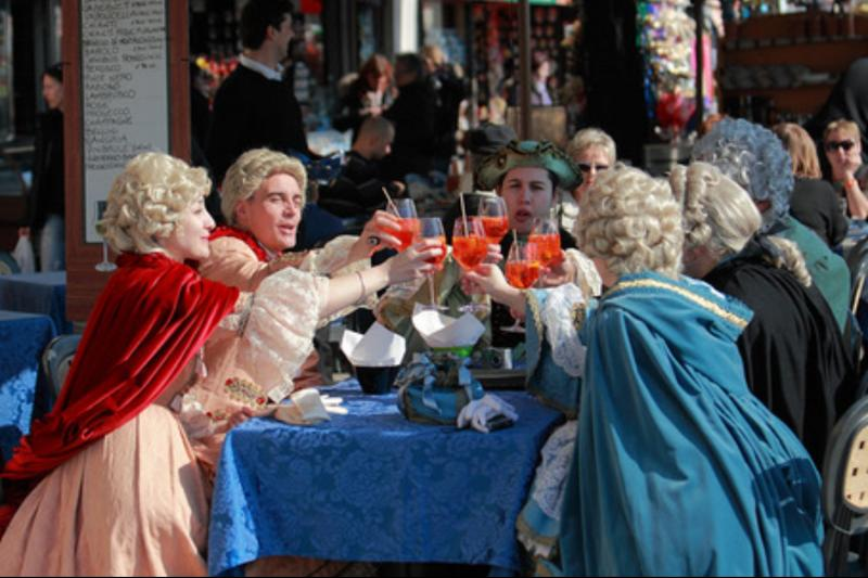 Venice: Venetian Style Carnival Pub Crawl